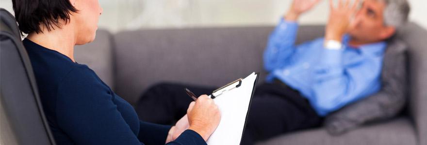rôle du psychiatre dans le traitement